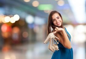 Как да съчетаваме правилно роклите и обувките