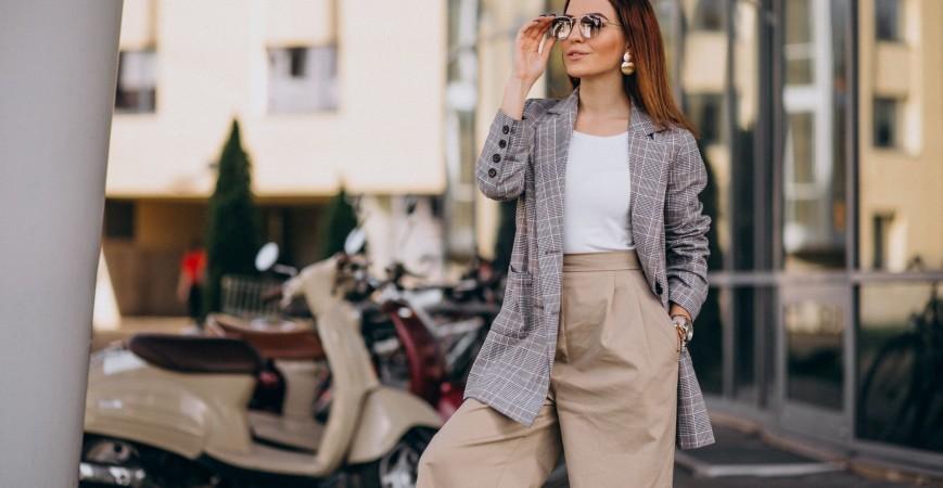 Модни тенденции при дамските панталони през 2019-та